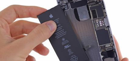 Apple sostituirà le batterie di iPhone a 29€ #LegaNerd - leganerd.com