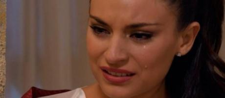 Maricruz chorando, personagem de ''Coração Indomável''