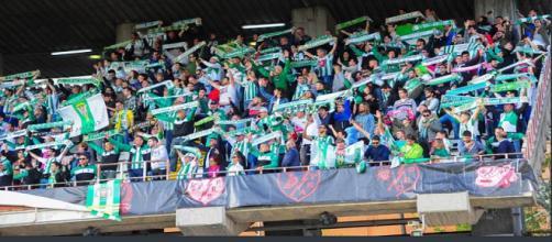 450 aficionados se desplazaron desde Córdoba para animar a su equipo.