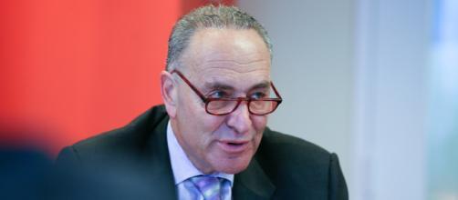 Chuck Schumer announces bill to protect journalist will pass the Senate. (Image via Corey Boles/Flickr)