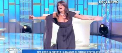 Domenica Live: Incidente hot per Aida Nizar