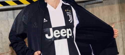 Nuova maglia Juve 2018/2019, particolare