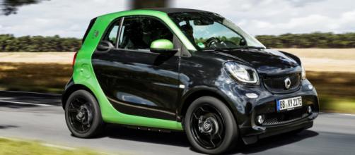 Smart fFortwo elettrica è l'auto più venduta ad aprile e in tutto il 2018 in Italia