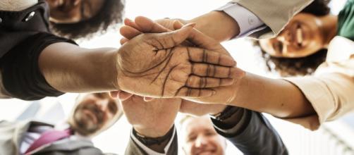Entenda o perfil do jovem voluntário, suas necessidades e aumente sua rede de influência