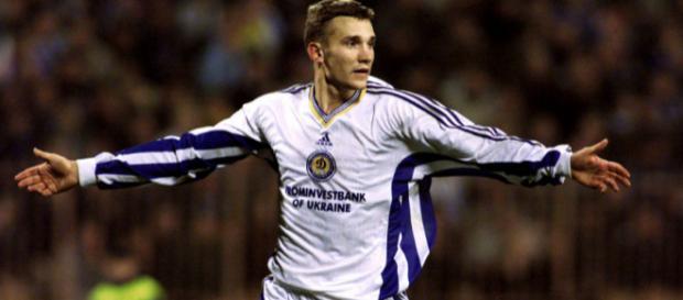 Andriy Shevchenko con Dinamo Kiev.
