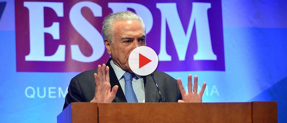 Dois anos de Temer: presidente tenta salvar sua imagem; slogan vira piada