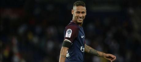 Mercato PSG : Incroyable révélation sur le transfert de Neymar au ... - europafoot.com