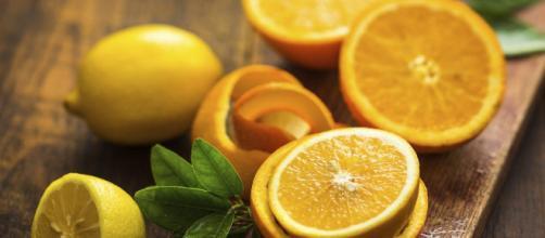 El limón contiene muchos beneficios para la salud y para la belleza