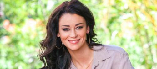 Les Anges 10 : Sarah Van Elst tacle les candidats du programme ... - potins.net