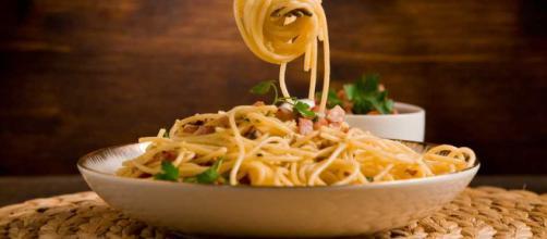 Pasta carbonara: Perfecta para una cena especial   Nedik - nedik.com