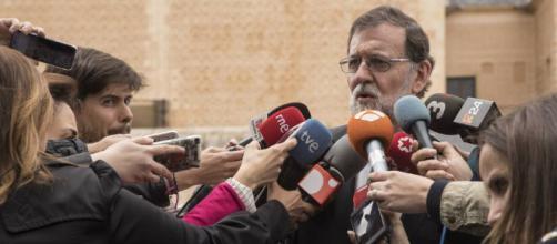 Rajoy se cita en La Moncloa con Sánchez y Rivera para analizar la ... - elpais.com