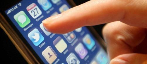 ¿Sabías que tu celular está más sucio que un inodoro?
