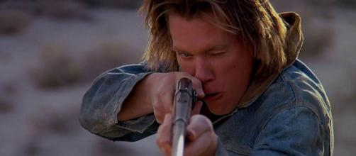 Syfy boccia la serie TV di Tremors con Kevin Bacon - mondofox.it