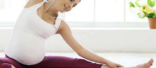 Yoga y embarazo - Mimitos de Mamá - El amor no malcría | Mimitos ... - mimitosdemama.es