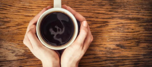 Los 7 beneficios del café descafeinado para nuestro cerebro - La ... - lamenteesmaravillosa.com