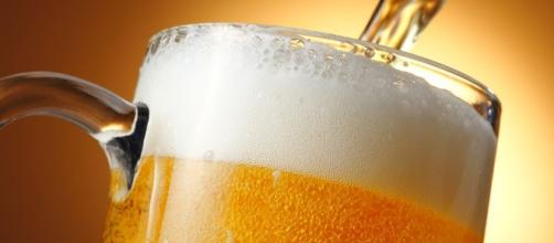 7 increíbles beneficios de la cerveza - Mejor con Salud - mejorconsalud.com