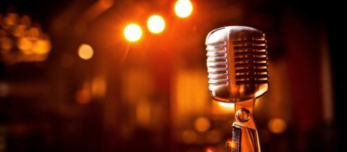 Aos 70 anos, cantora Vanusa é internada em clínica de reabilitação