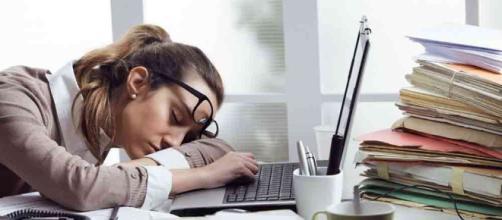 Cómo afecta el agotamiento crónico a la salud mental - El Caribe - com.do