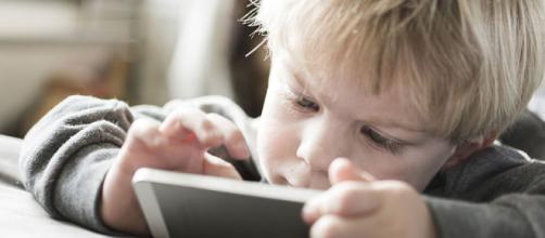 Cómo afecta la tecnología al cerebro de nuestros hijos | Sapos y ... - elmundo.es