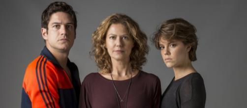 Maria confrontará os assassinos de seu irmão em Onde Nascem os Fortes (Foto: TV Globo)