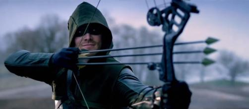 nueva temporada de arrow viene salvaje
