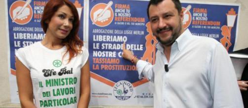 Salvini, insieme alla trans Efe Bal, favorevole alla legalizzazione della prostituzione, ma contrario a quella della cannabis