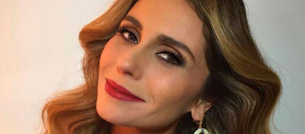 Luzia se transforma em Ariella para recuperar os filhos em Segundo Sol (Foto: TV Globo)