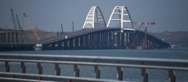 Putin apre il ponte di Crimea - Sputnik Italia - sputniknews.com