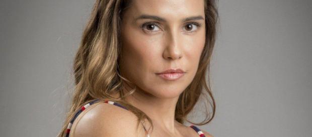 Segundo Sol: Deborah Secco interpreta a vilã Karola na novela das nove
