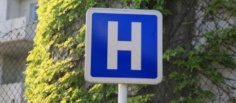 Deux femmes meurent dans la salle des urgences du CHU de Tours