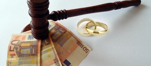 Divorzio: le novità sull'assegno di mantenimento.