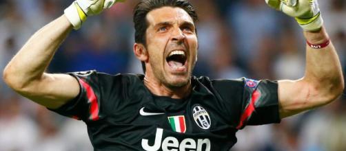 Football : l'emblématique gardien italien Gianluigi Buffon quitte ... - beninwebtv.com