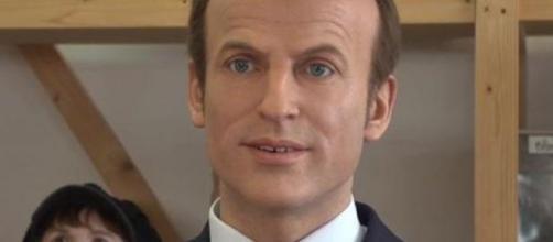 Moquée, la statue d'Emmanuel Macron pourrait être refaite ... - lavenir.net