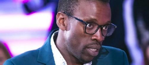 Paura per Baye Dame: l'ex concorrente del GF è stato aggredito