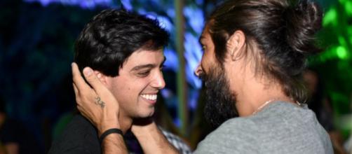 Rodrigo Simas e Reynaldo Gianechinni. (foto reprodução).