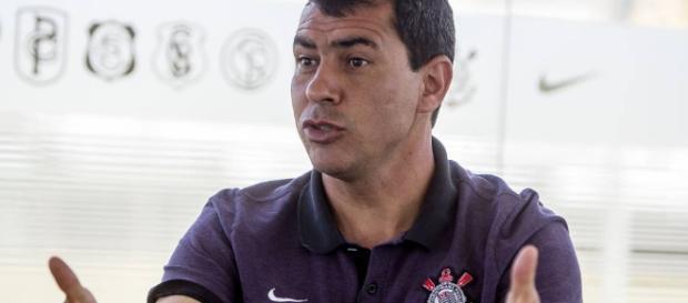 Carille pode estar fazendo seus últimos jogos no Corinthians