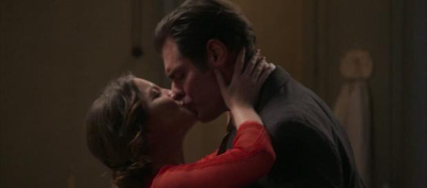 Elisabeta e Darcy passam a primeira noite juntos em Orgulho e Paixão (Foto TV Globo)