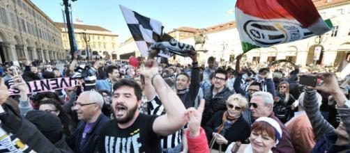 A Torino parte la festa scudetto.