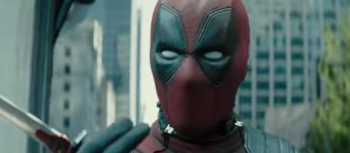 Deadpool 2 la emputada de mano