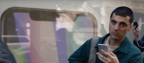 El nuevo anuncio de Samsung es una oda al iPhone - ipadizate.es