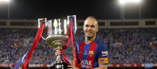 """Iniesta: """"Si no juego en el Barcelona, no voy a competir contra él"""" - lavanguardia.com"""