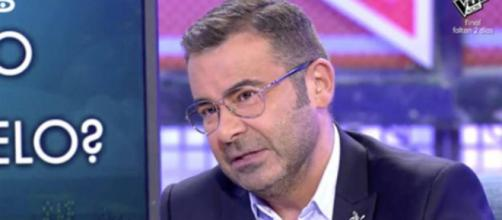 Jorge Javier Vázquez dice a Belén bruja amargada