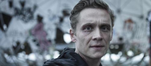 Matthias Schweighöfer: 'You Are Wanted' la serie de acción filmada en Alemania