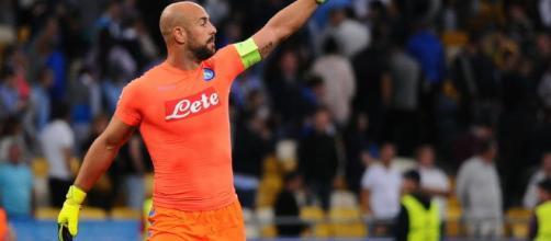 Pepe Reina dal Napoli al Milan e forse non sarà il solo