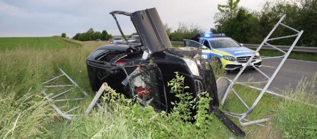 Der PKW überschlug sich bei dem Unfall. Foto: sinsheim.tv/Buchner