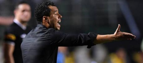 Treinador reclamou da violência do time adversário. (foto reprodução).