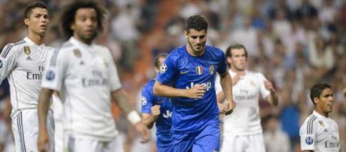 ¡Dos grandes de Italia se pelean por un ex delantero del Madrid!