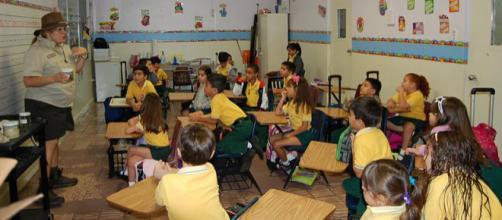 Elementary School in San German (Image via: A. Sosa/Wikimedia Commons)