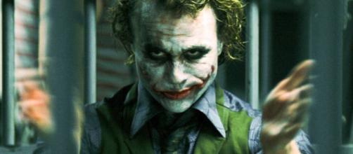 Aseguraba ser el Joker mientras torturaba a su novia por Facebook Live