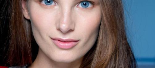 Las primeras arrugas en la piel: ¿cuándo aparecen, cómo evitarlas - get-the-look.cl